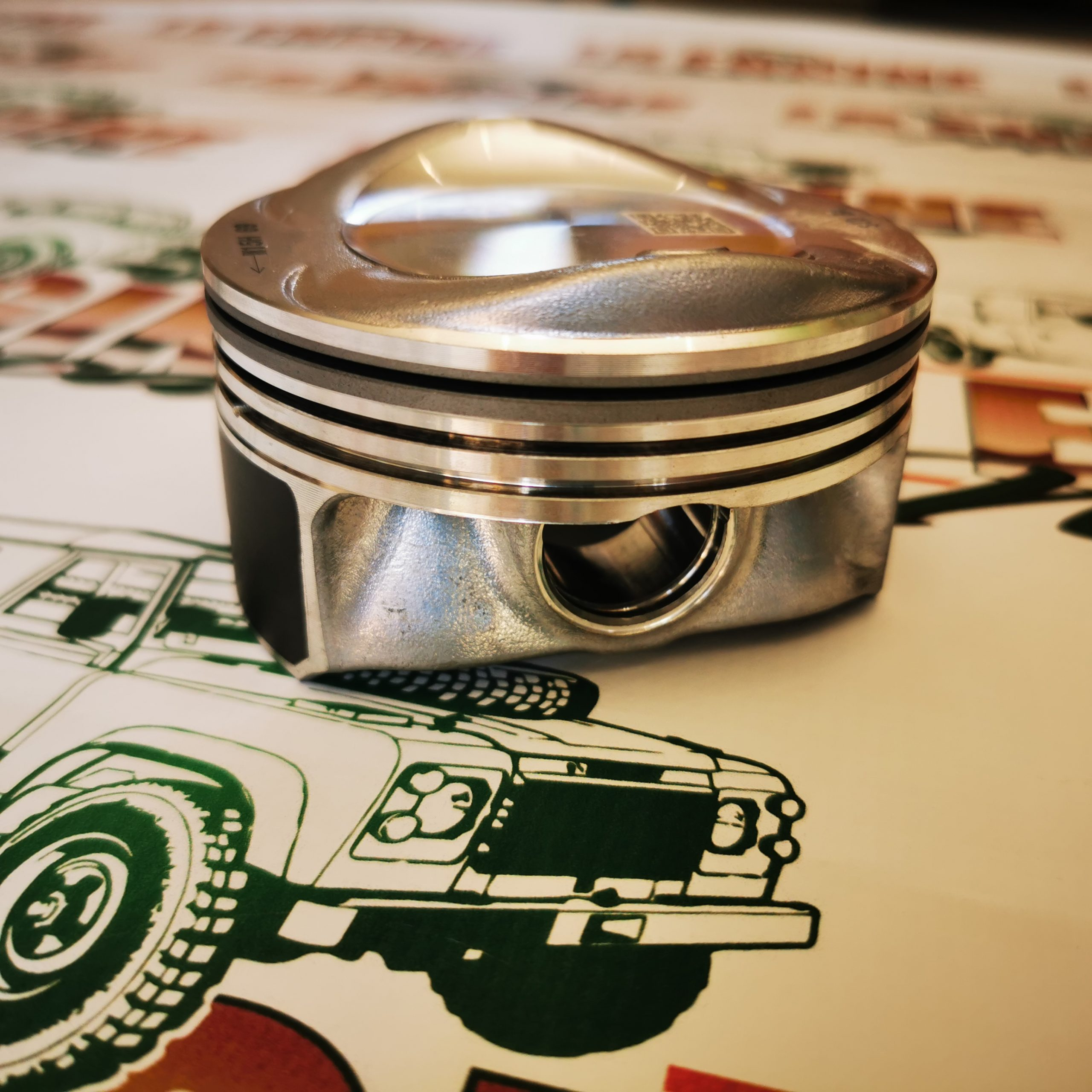 5L Normaly Aspirated D4 Piston